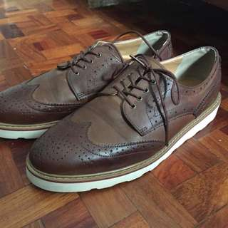 Korean Oxford Wingtip Shoes Size 9.5
