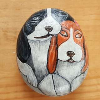 Individually acrylic hand painted dogs on large pebble