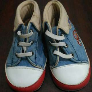 #MakinTebel Sepatu Newborn