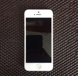 IPHONE 5 16GB(NEGO GAK DIBALES)