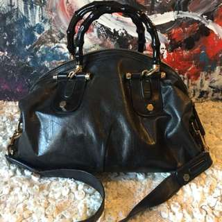 Authentic two way Gucci bag good condition