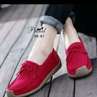 Sepatu rumbia indiana merah