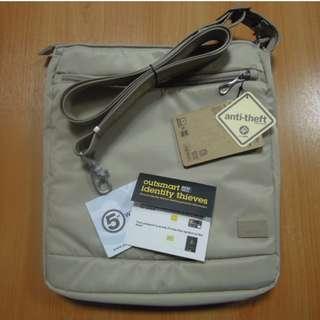 AUTHENTIC Pacsafe Luggage bag Citysafe 175 anti theft shoulder sling crossbody bag almond