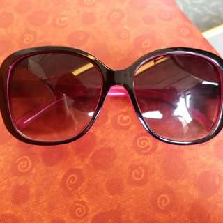 70's black and pink fashion sunglasses