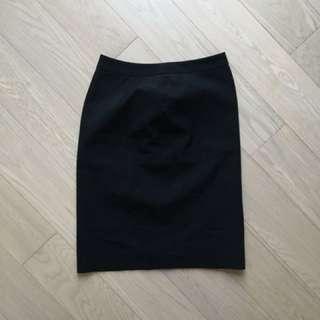 G2000 - black skirt