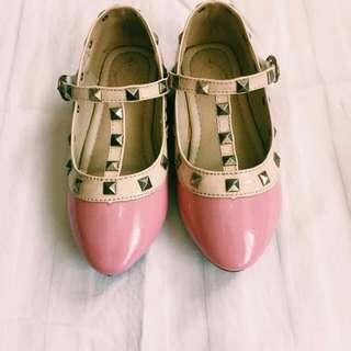 Pink Shoes (size: 17cm)