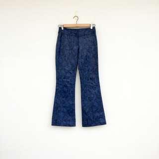 二手 紫藍色 仿蛇皮紋 仿皮 彈性 小喇叭褲 明太子 0221