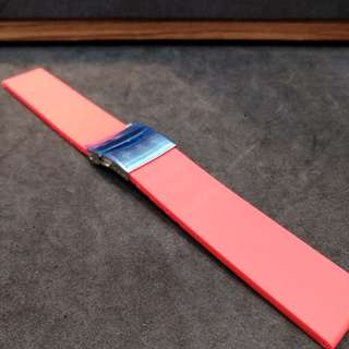 Brand New Red Rubber Strap with Deployant Buckle 22mm 20mm