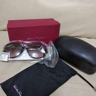 Salvatore Ferragamo Sunglasses 太陽眼鏡 sf742sa