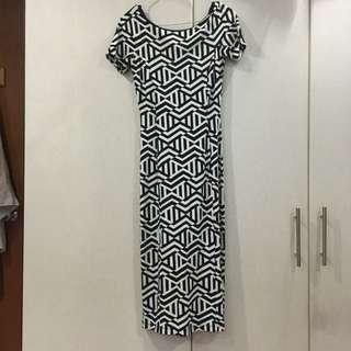 Zara Geometric Midi Dress