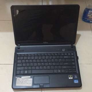 laptop gaming fujitsu intel core i5 ram 2gb hdd 500gb nvidia gt520 1gb