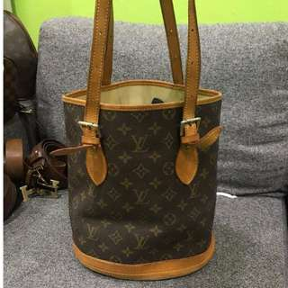 LV Monogram Canvas Petit Bucket Bag