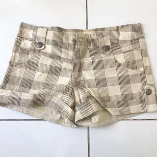 checkered hotpants