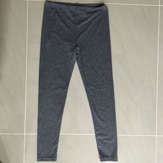 Uniqlo Kids HEATTECH Leggings
