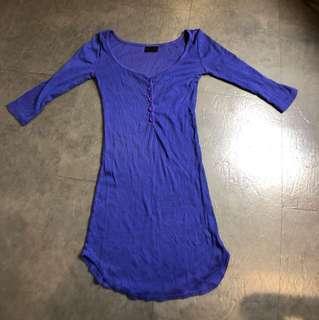 紫色五分袖低胸合身長版上衣洋裝