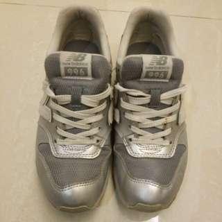 NB 996銀色波鞋