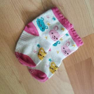 Sock . Bibs . Handkerchief .