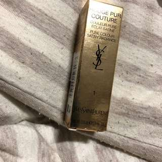 YSL Lipstick rouge pur couture le 1 sexy siren red