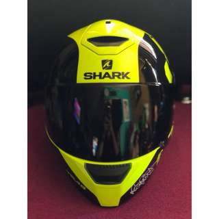 Helm shark sk wal instinct