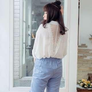 純白後蕾絲襯衫上衣