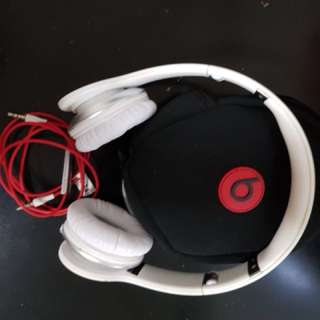 Beats Solo Headphone  by Dr. Dre