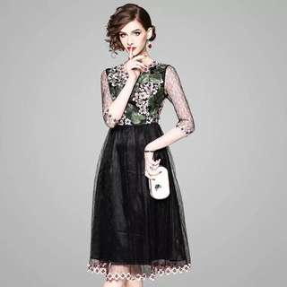 Lace mesh heavily embroidered appliqués crochet floral hem midi dress black evening cocktail mini gown