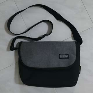 Grey black sling bag