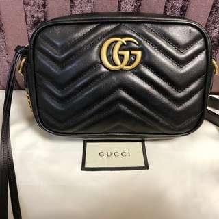 超熱賣 Gucci mini bag黑金