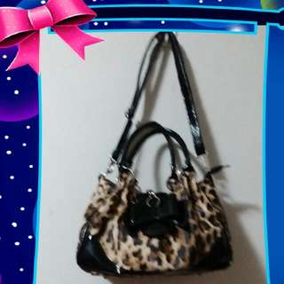 Sling Bag Leopard Import