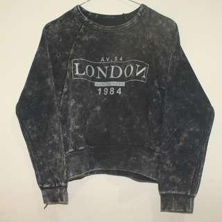 London crop tee