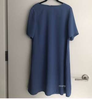 Dress Biru UNIQLO