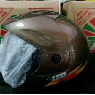 Helm LTD warna lengkap