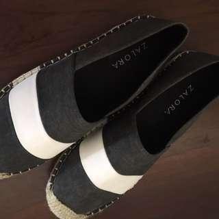Sepatu zalora