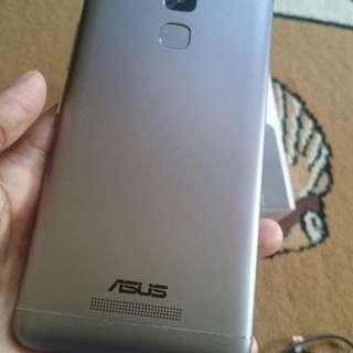Asus Zenfone 3 Max Ram 2gb/Intern 32gb