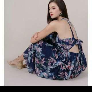 Ttr Thetinselrack Halston Tie-back Maxi dress