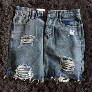 Uk10 ripped skirt