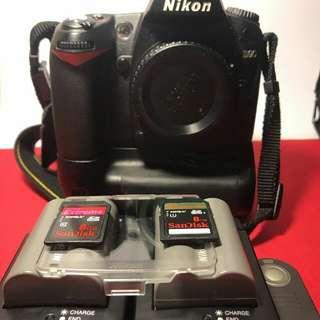 Nikon d90 with complete set urgent sale