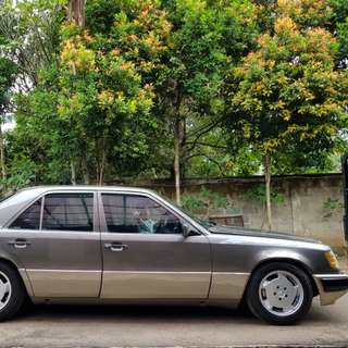 Mercedes Benz Mercy Boxer e230 Superb Mint Condition