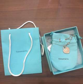 Tiffany & Co Necklace [with box and plastic bag]
