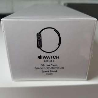 Apple Watch Series3 38mm Space Gray Aluminum Black Sport Band GPS