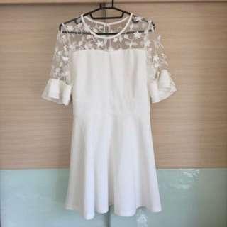 [開工特價]近新含運白色透膚顯瘦洋裝