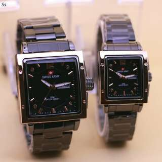 SWISS ARMY COUPLE