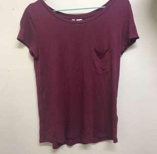 質地超柔軟H&M 酒紅色T恤