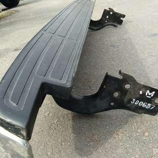 Bumper belakang dmax vcross
