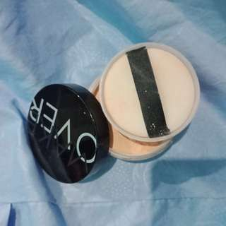 Bedak tabur make over No.1 (PORCELAIN)