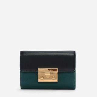 新加坡直送 包郵 4色 Charles & Keith PUSH-LOCK WALLET