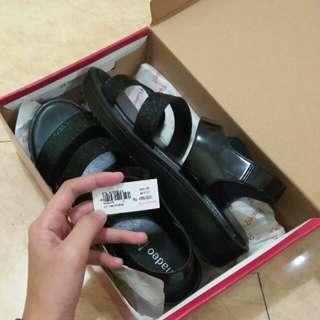 Sepatu heels fladeo