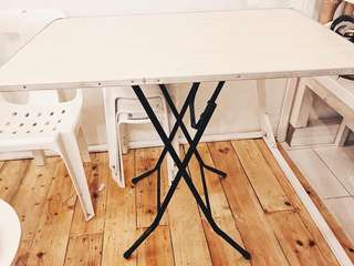 FOLDABLE TABLE 600php only!!!