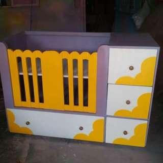 customize crib