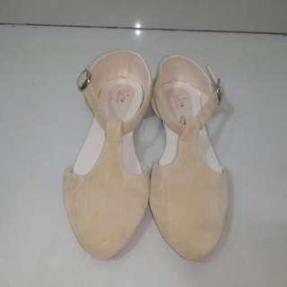 Luino Nude Flatshoes